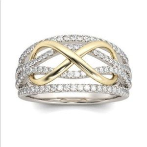 Jewelry - Fashion 2-toned ring size 7 (new)